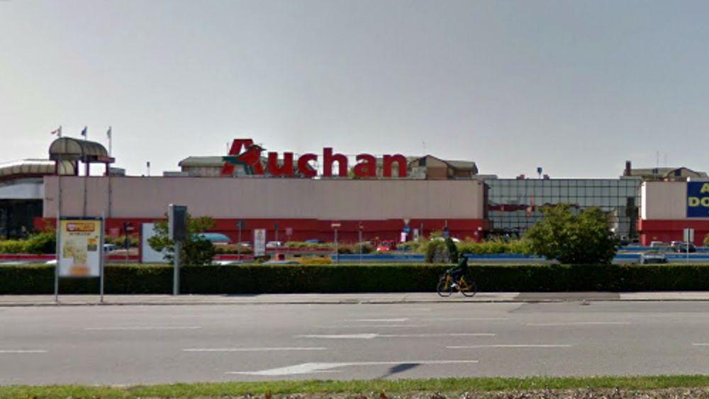 Auchan Tavoli Da Giardino.Passaggio Auchan Conad Aperto Il Tavolo Ministeriale Interessati
