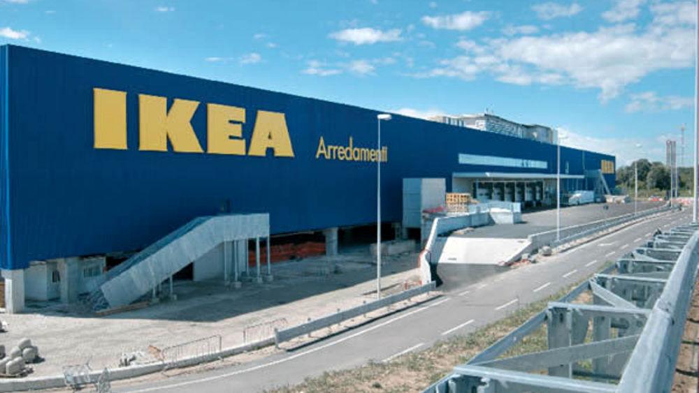 Raduno all 39 ikea di padova traffico nel caos in via - Ikea catania catalogo ...