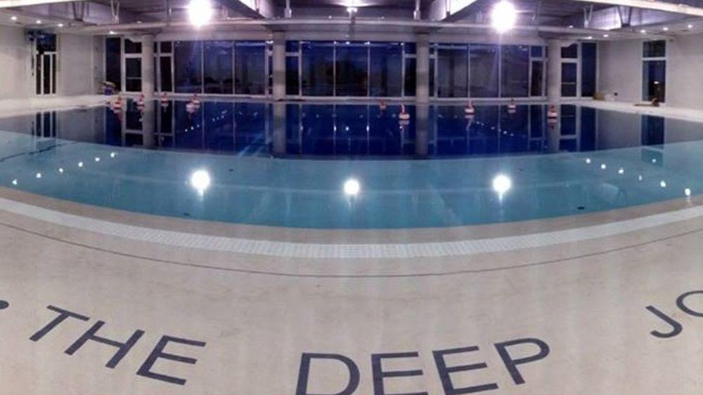 Y 40 la piscina da record inaugurazione a montegrotto for Piscina y 40 padova