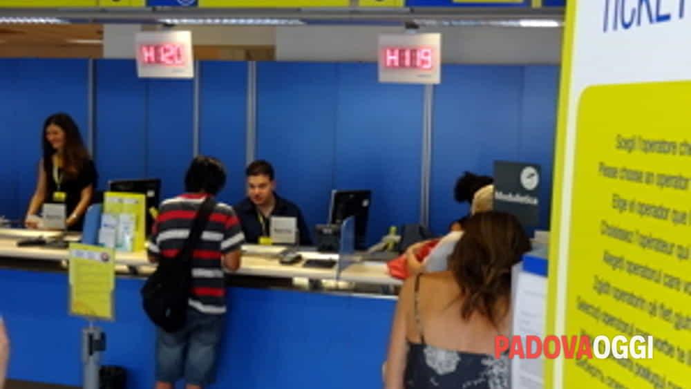 Ufficio Postale Poste Italiane : Allarcella il primo ufficio postale multietnico del veneto giugno 2016