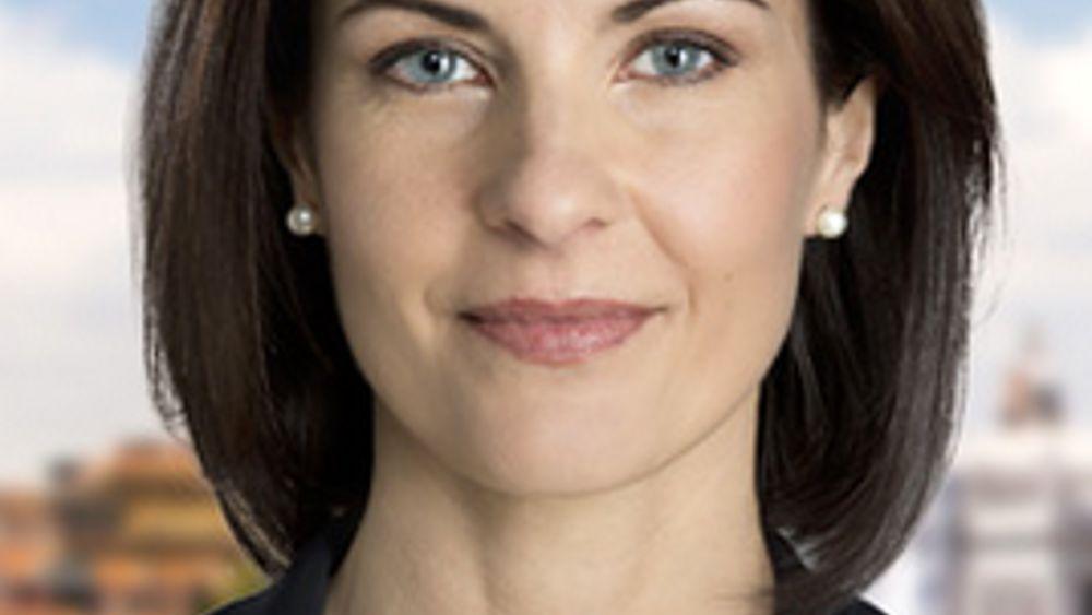 Alessandra moretti a maser di padova solesino pozzonovo for Abbreviazione di onorevole